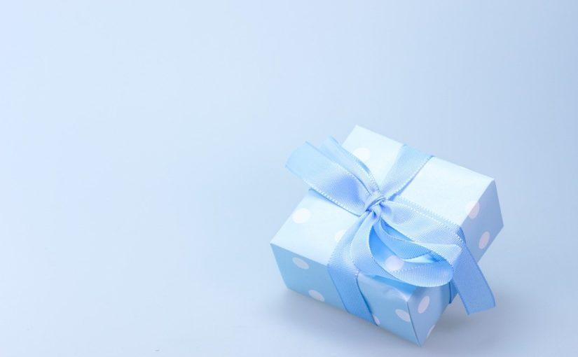 Dzień Kobiet – co podarować ukochanej, perfekcyjny prezent.