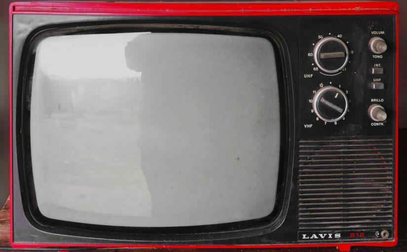 Wieczorny relaks przed tv, lub niedzielne serialowe popołudnie, umila nam czas wolny oraz pozwala się zrelaksować.